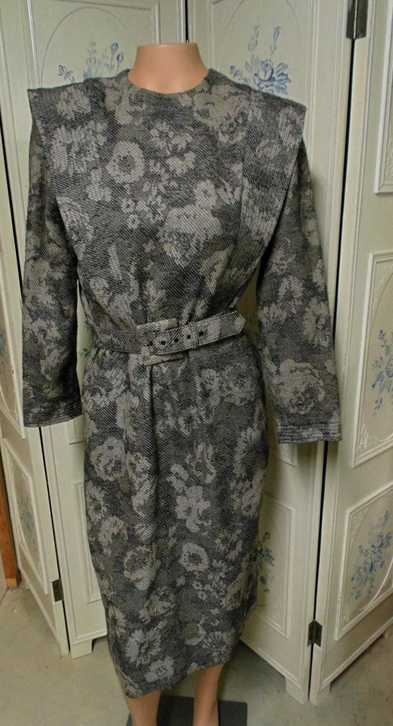 Albert Nipon All Wool Beige and Black Dress