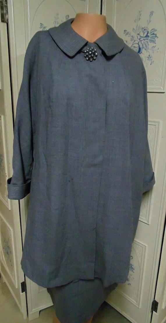 Vintage 1940/50 Gray Wool Two Piece Skirt Suit, Bu
