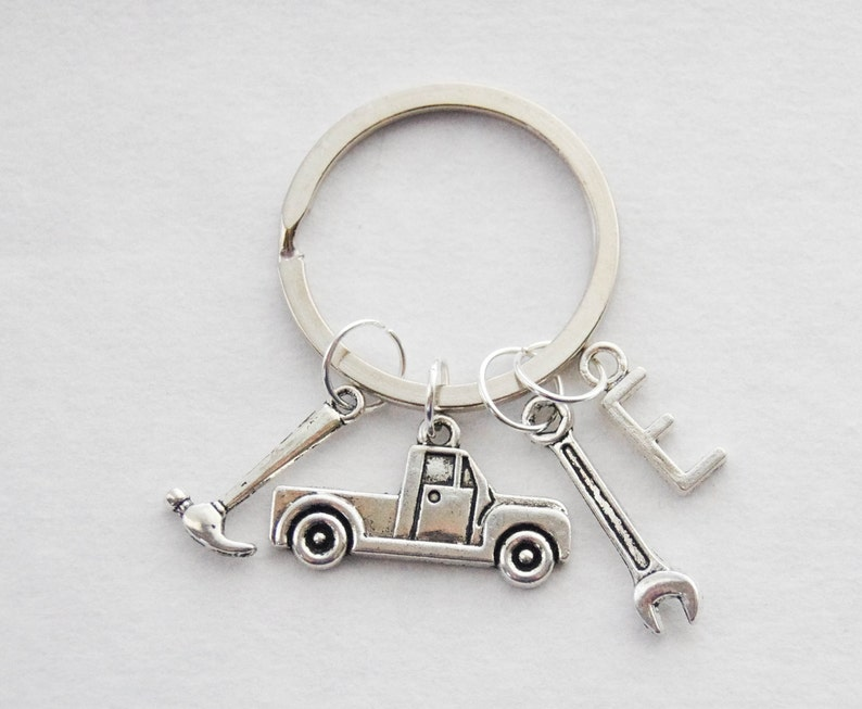 Keyring ANY MAN CAN BE A SPECIAL BASSET DADDY Novelty Key Ring Gift Present