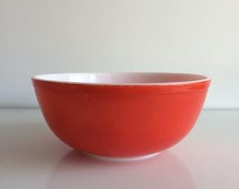 Vintage Pyrex Red Bowl #404 4 Quart Mixing Bowl Old Bottom