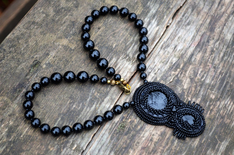Gothic beaded pendant Embroidered pendant necklace black Short Seed Bead pendant necklace with black Agate Hand Embroidery jewelry