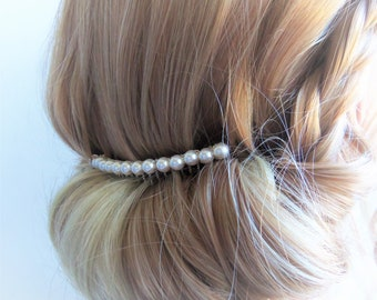 White pearl hair comb, high quality pearl comb, pearl hair accessories, white crystal pearls, silver comb, simple pearl comb, bridal comb