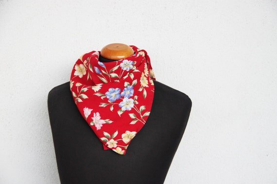 Vintage red scarf, square viscose scarf, flowers cotton viscose scarf, 'Claire' wild flowers, boho scarf, early nineties