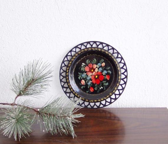 Vintage metal plate with folk art flower bouquet,black metal plate with handpainmted flowers, early seventies