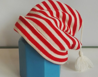 Vintage 1970s 1980s Knitted Red Striped Retro Winter Ski Hat 8fb6ef3755ae