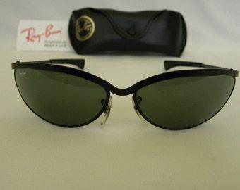 997490246a0 New Vintage B L Ray Ban Olympian V Deluxe Black Oval W1981 Predator  Sunglasses USA