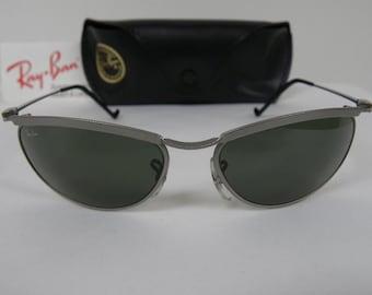 0ef19484d New Vintage B&L Ray Ban New Deco Metal Oval Steel Gray W2566 Olympian Predator  Sunglasses usa