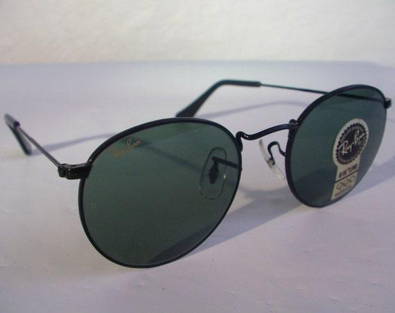dd1a996e06 ... sunglasses 52b5a abb9d  canada new vintage bl ray ban classic round  metal black g 15 grey etsy 83399 5cfe0