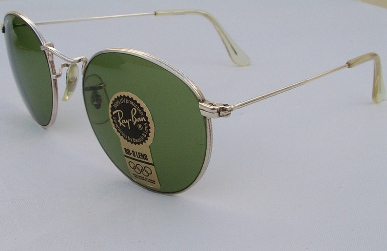 6926cecf6c3 New Vintage B L Ray Ban Round Metal Silver RB-3 Green 49mm
