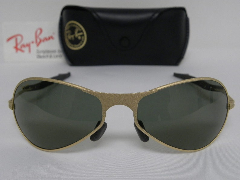 10f702f75b New Vintage B L Ray Ban Orbs Metal Deluxe Oval Aviator Matte Gold W2374  Predator... New Vintage B L Ray Ban Orbs Metal Deluxe Oval Aviator Matte  Gold W2374 ...