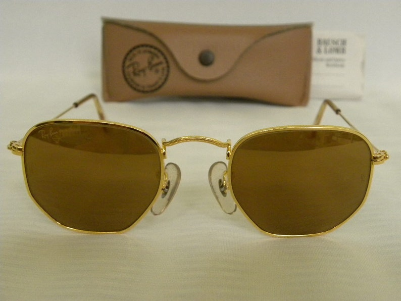 518fe34f78 New Vintage b l Ray Ban Classic Collection Style III Gold B-15