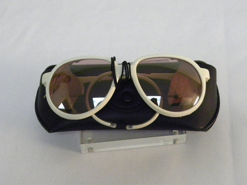 845d01cd923a3 New Vintage B L Ray Ban Cats 7000 Glacier White Rose Mirror