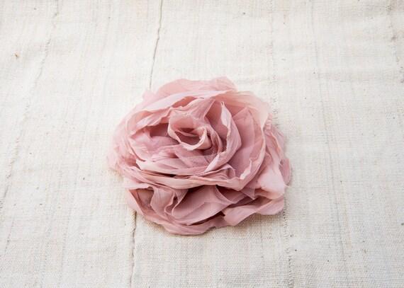 VINTAGE Dusty Pink Silk Flower Rose Hair Clip | Br