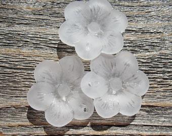 Sea Glass Flower Pendant 25mm - Crystal