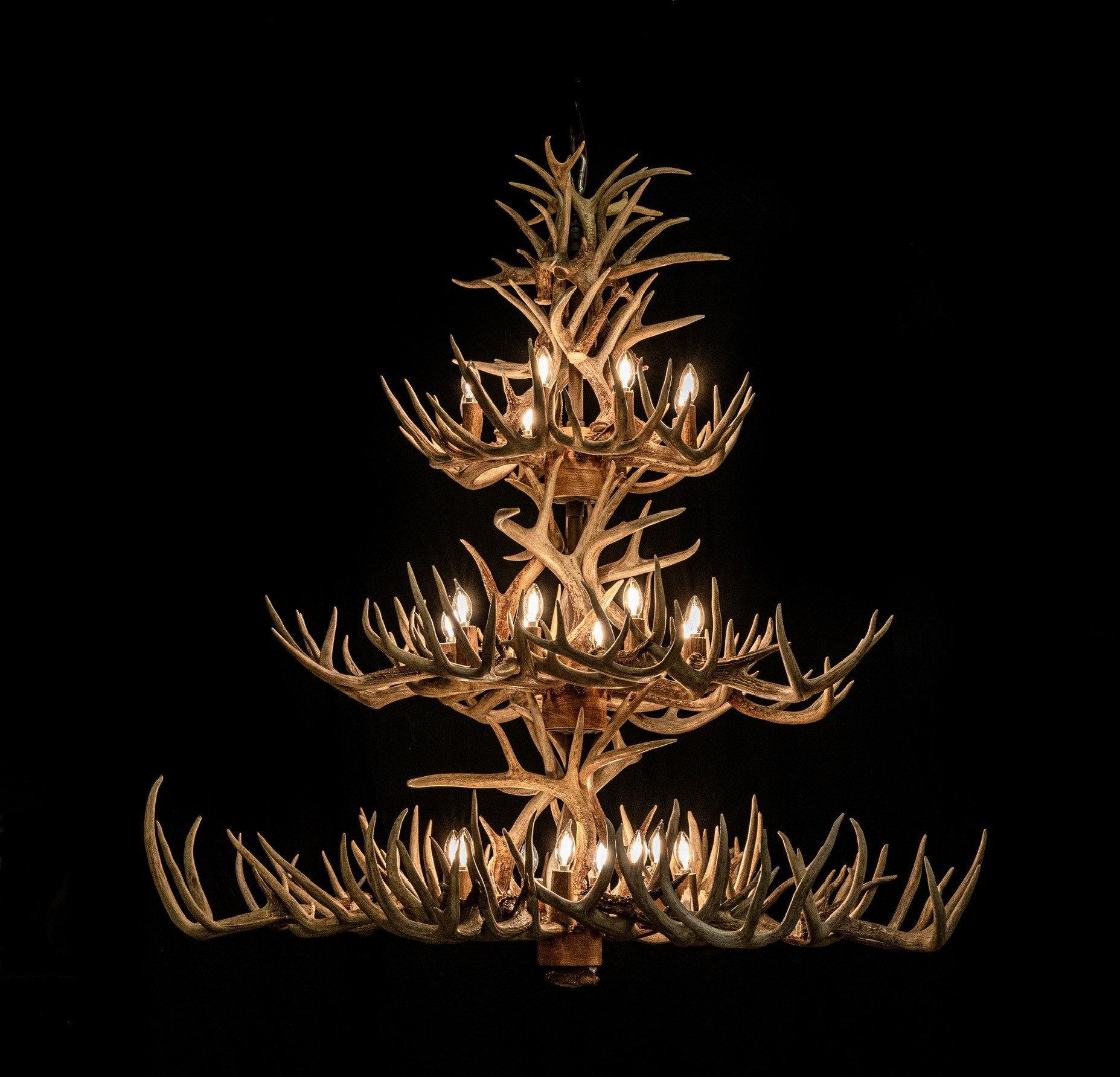 Large Whitetail Deer Antler 3 tier chandelier 68 antlers 24 lights - NEW LISTING!