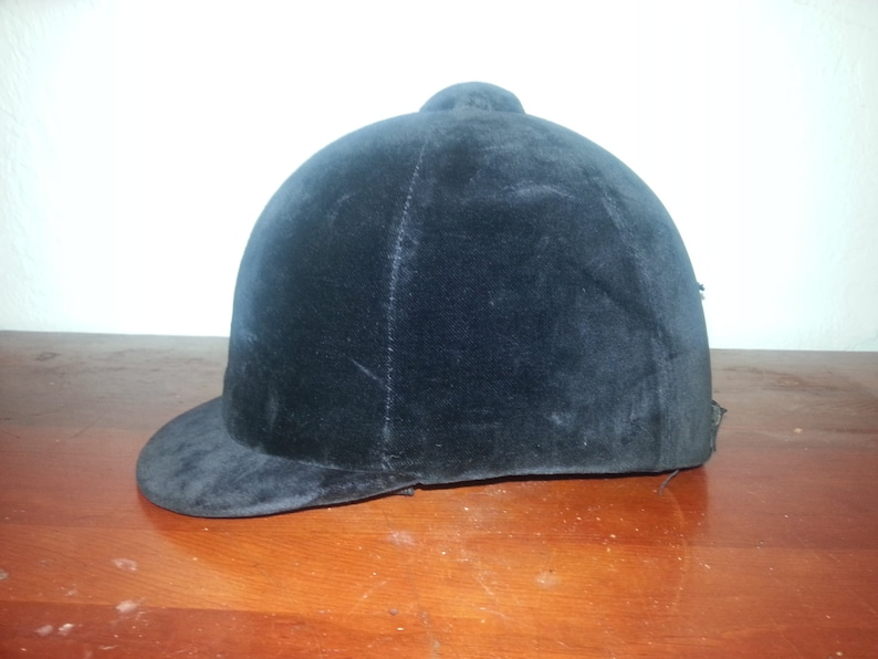 Black Hunt Cap image 0