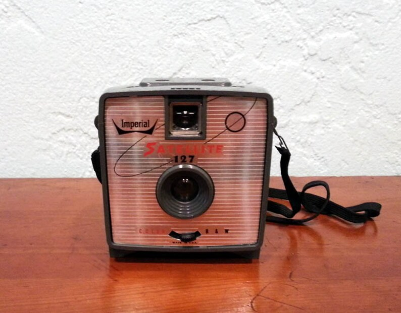 Imperial Satelite 127 Vintage Film Camera image 0