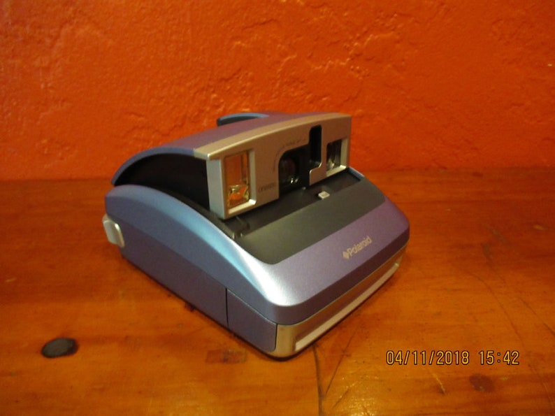 Polaroid One 600 Vintage Instant Film Camera image 0