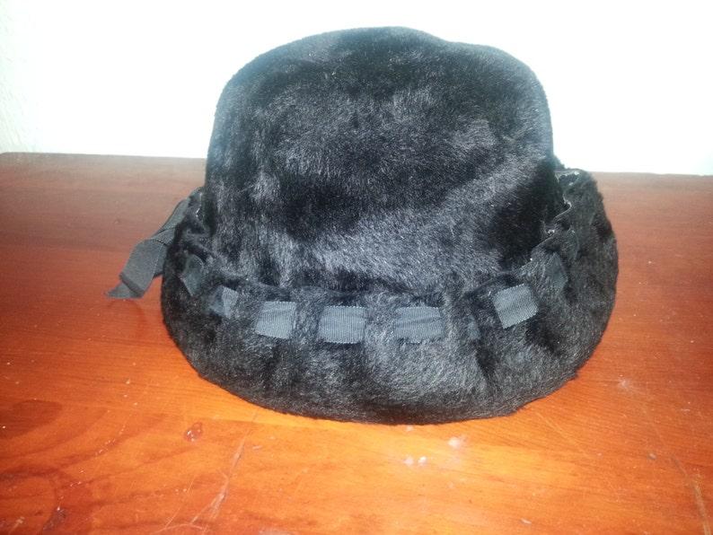 Black Empress Vintage Woman's Hat image 0