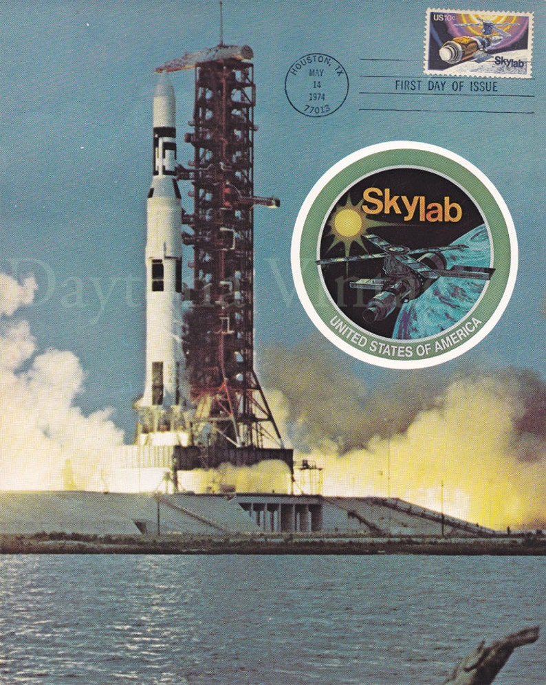 First Day Issue Skylab Stamp 1974 image 0