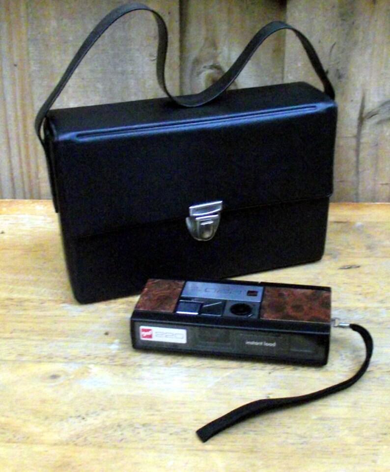 GAF Instant Load 220 Vintage Camera image 0