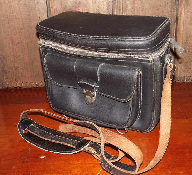Gadg It Genuine Leather Camera Bag image 0