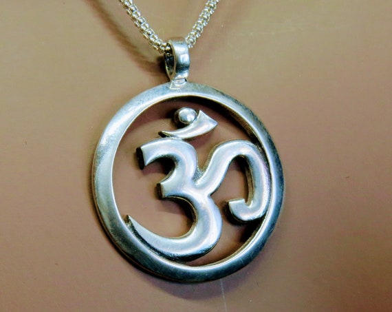 Sterling Silver Pendant Yoga OM/OHM