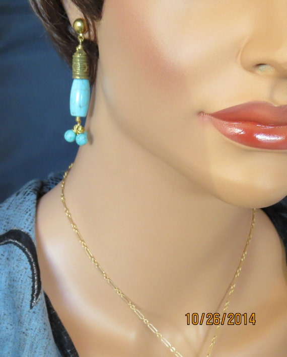 Earrings made of Turquoise semi precious gemstones and gold filled wire