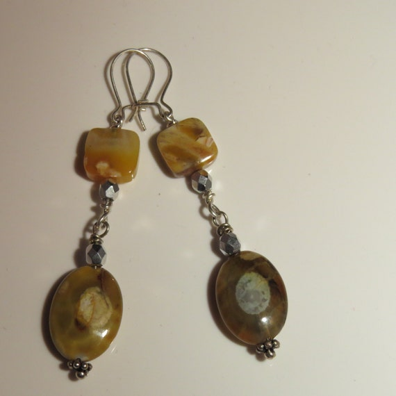 Earrings Dragon Veins Agate Geode beads, sterling silver wire and sterling silver earwires.