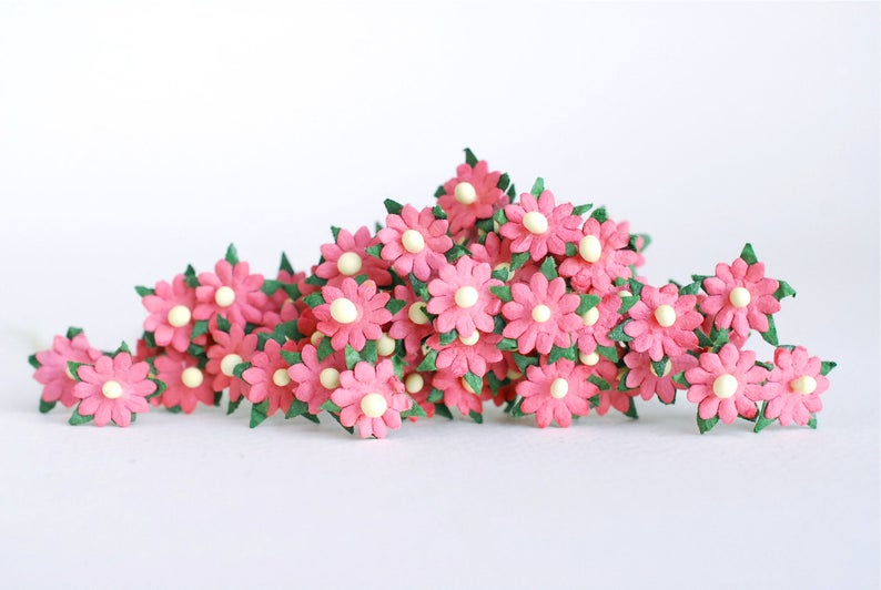 Small Paper Flower 100 Pcs Flat Centerpiece With Stem Small Daisy Flowers Size 0 5 Cm Pink Salmon Color