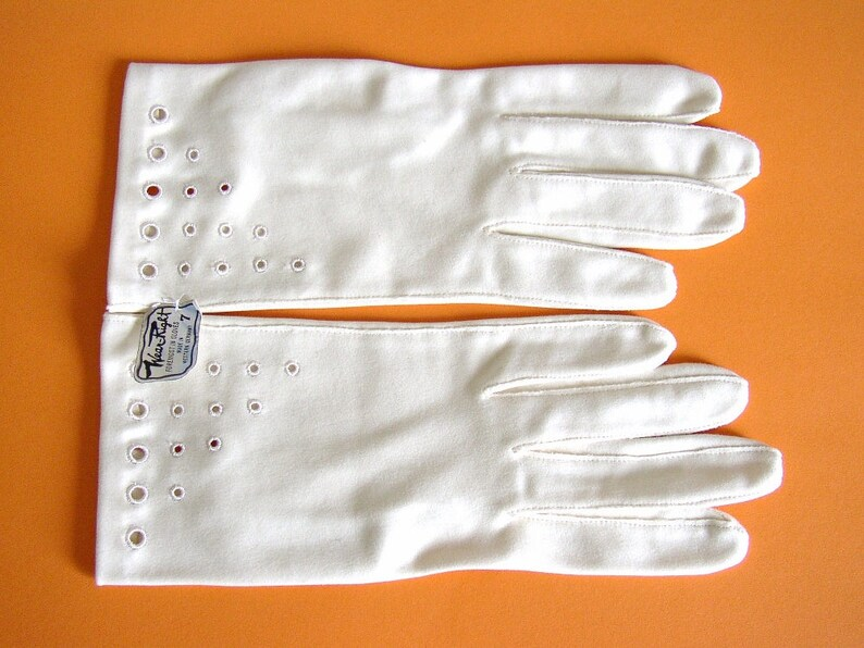 WEAR RIGHT  Short hand gloves with open work pattern ivory image 0