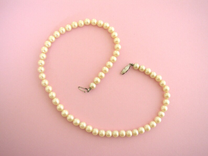 JAPAN  Mid century faux pearl single strand necklace with image 0