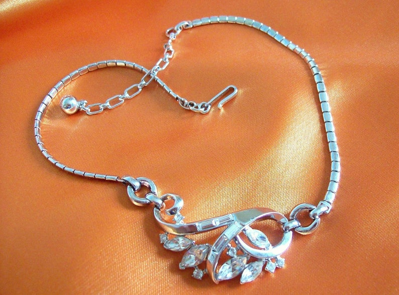 TRIFARI Alfred Philippe  Necklace snake chain with swirl image 0