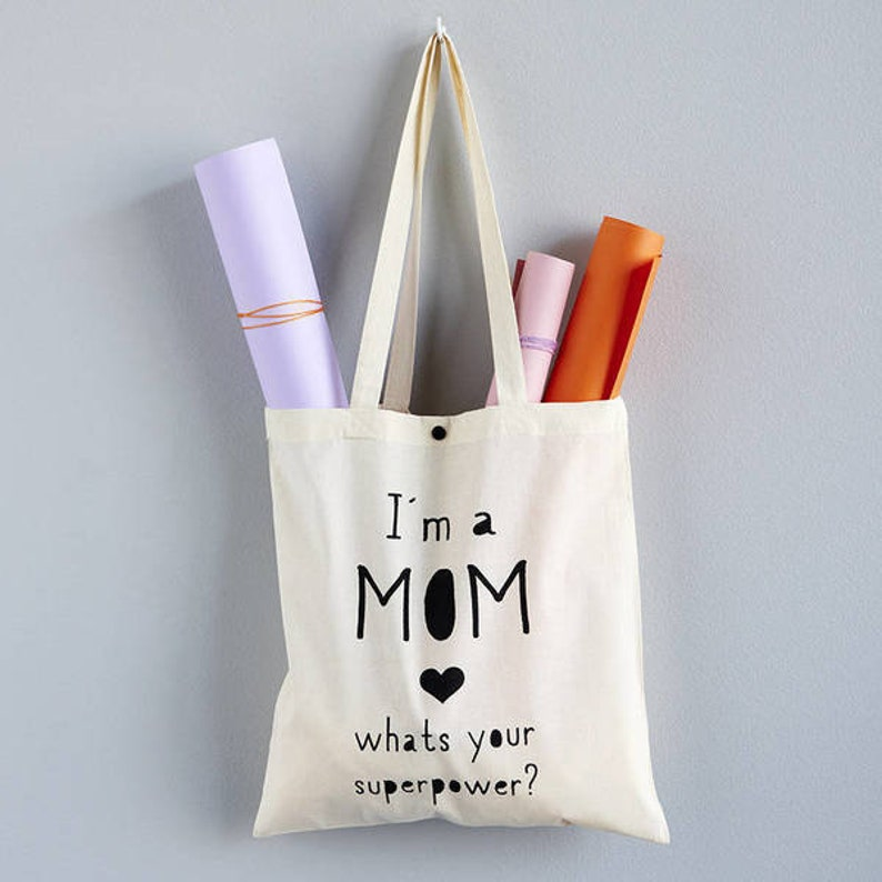 Jute bag with button Supermama Mother's Day image 0
