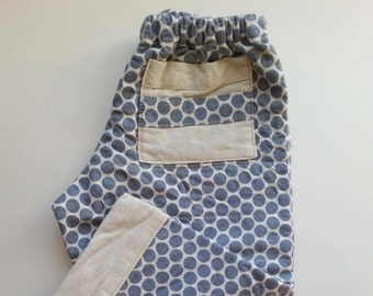 Quilty Pants 6 month to 4T. Grey dot on cream print.