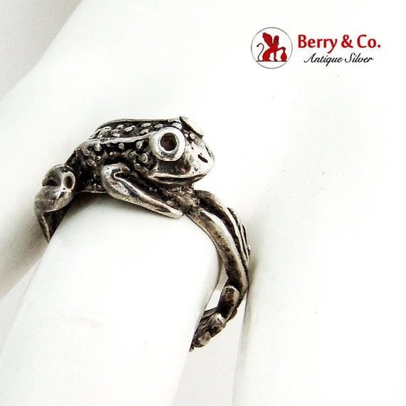 Figural Frog Ring Sterling Silver