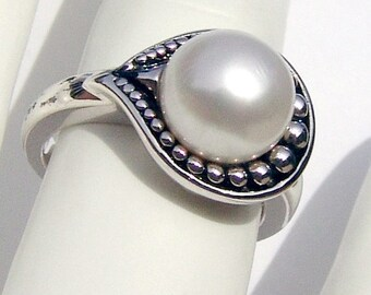 SaLe! sALe! Beaded Pearl Ring Sterling Silver