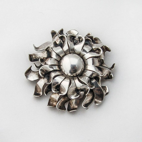Napier Chrysanthemum Brooch Sterling Silver