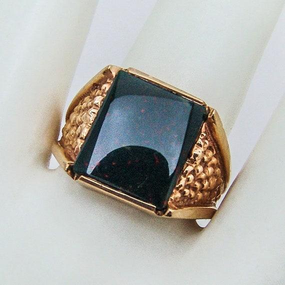 Bloodstone Man Signet Ring 10 K Yellow Gold