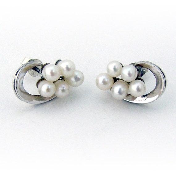 Cultured Pearl Teardrop Earrings 14 K White Gold