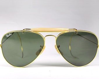 4c8cce211a2 RAY BAN Vintage 90 s Aviator Sunglasses