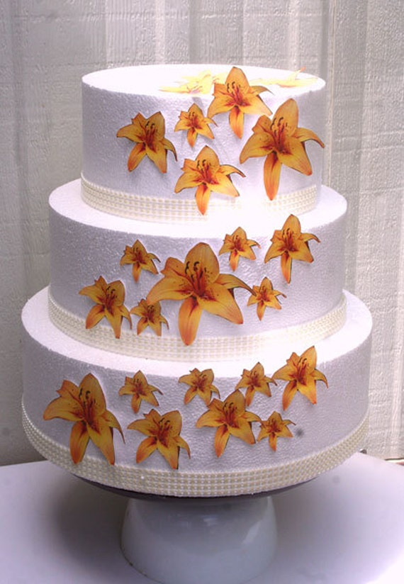 edible flowers for wedding cakes uk wedding cake toppers edible flower cake decorations yellow 13902