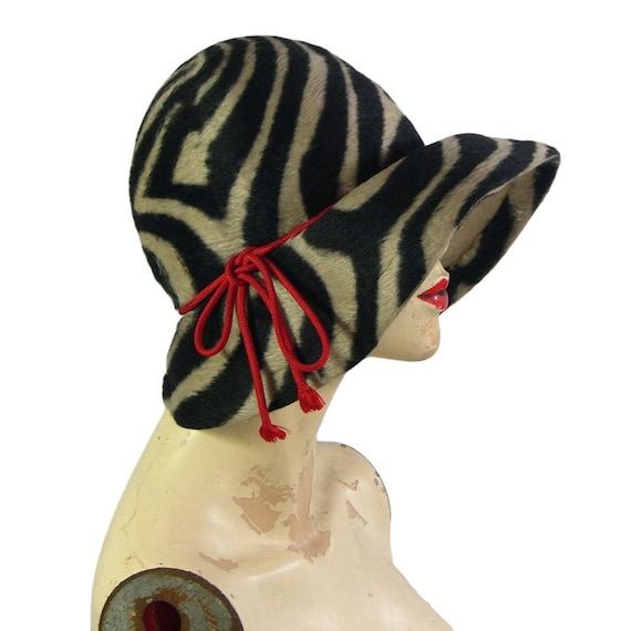 1960s Schiaparelli Vintage Zebra Print Hat