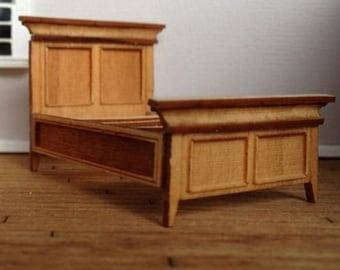 Dollhouse Miniature Quarter Scale Murrelet Style Full Size Bed KIT - 1:48