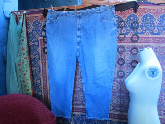XXX Large Levi Jeans/Mens Very Large Levi Jeans/Fa