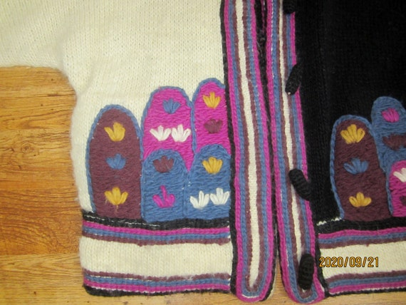 Rare 1960's Handmade Knit Sweater/Hand Knit With E