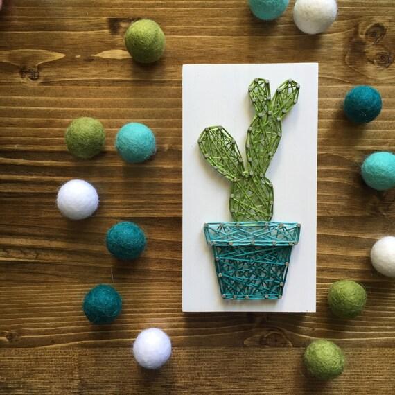 zur bestellung string art mini kaktus zeichen stil 2 etsy. Black Bedroom Furniture Sets. Home Design Ideas