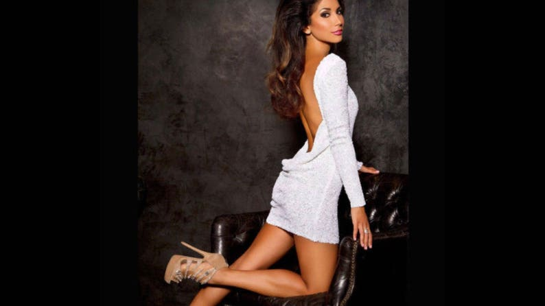 56bfa14b6b White sequin classic backless dress