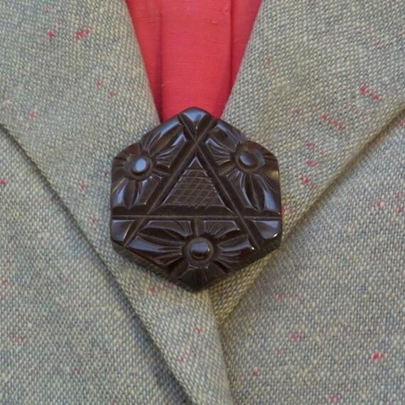 Bakelite Coat Buttons Vintage 1940s Black Deeply Carved Art Deco Metal Shanks Round Sewing Supplies