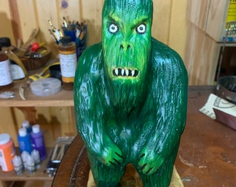 Green Monster, Monster Wood Carving, Hand Carved Wood Art, by Josh Carte, Chainsaw Carving, Chainsaw Art, Chainsaw Carved Monster